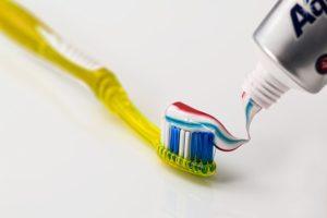 ペーストタイプの歯磨き粉