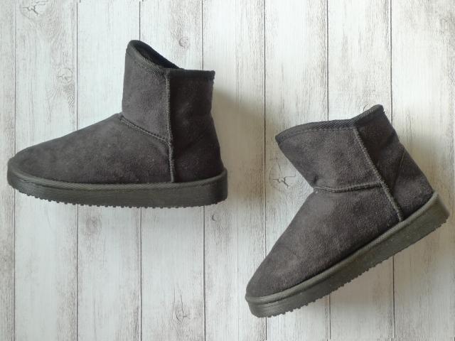 靴を宅配クリーニングに出す際の注意事項