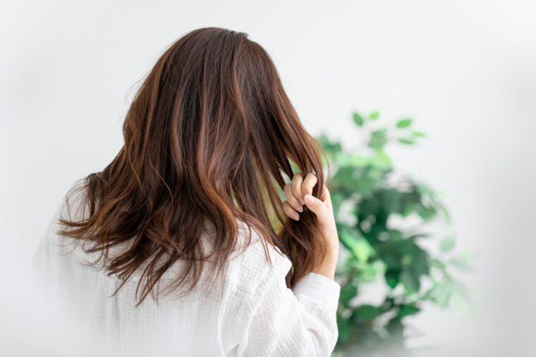 40代からの女性の抜け毛対策にスカルプシャンプーという選択