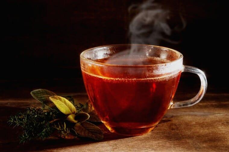 烏龍茶(カテキン)とは?成分や効果について